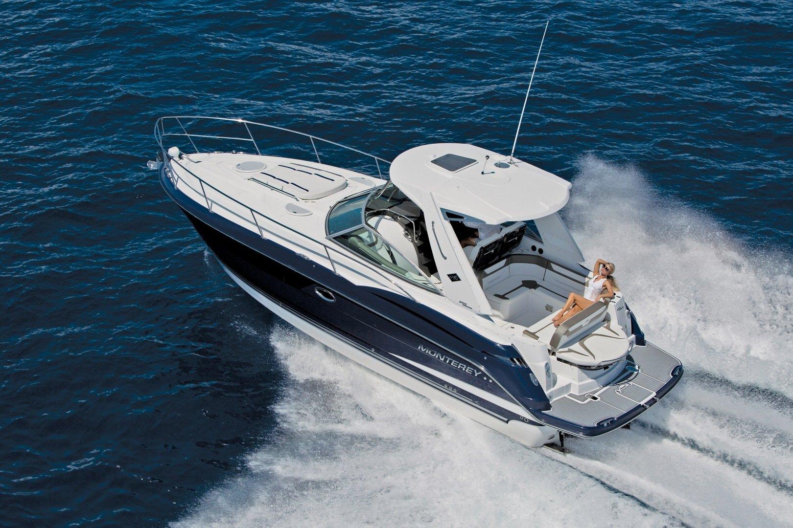 monterey-cruiser-yacht-355SY