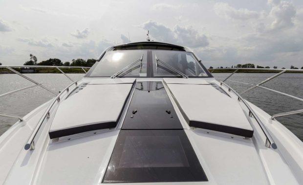 galeon-560-skydeck-14